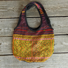 Load image into Gallery viewer, Up-cycled Fabric Patch Purse