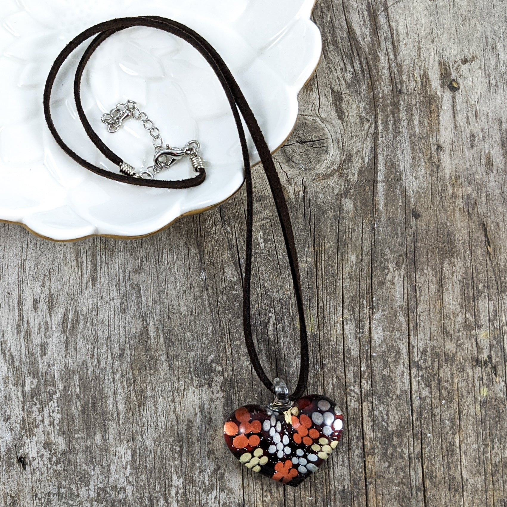 Glass Necklace : Burgundy Heart