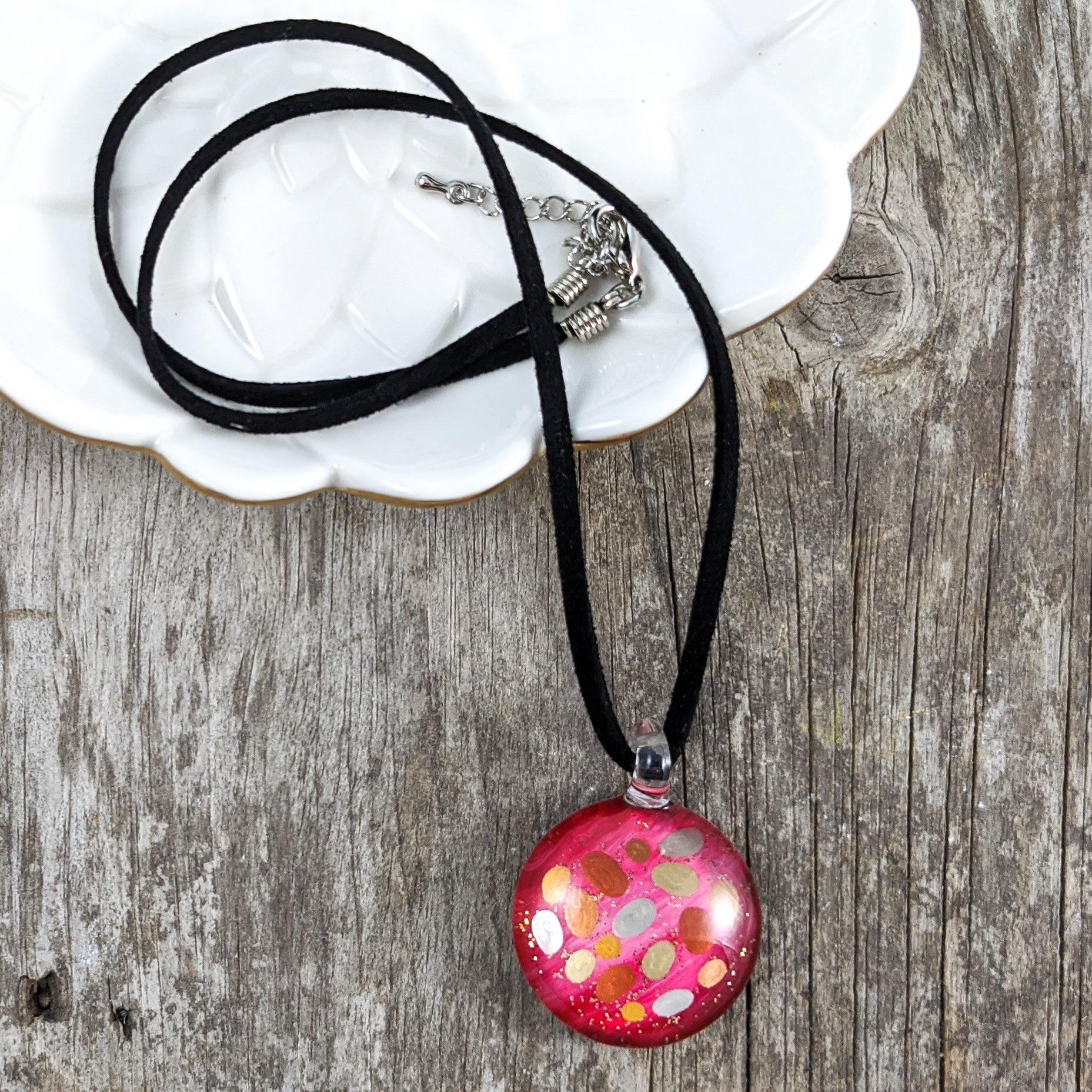 Glass Necklace : Dots