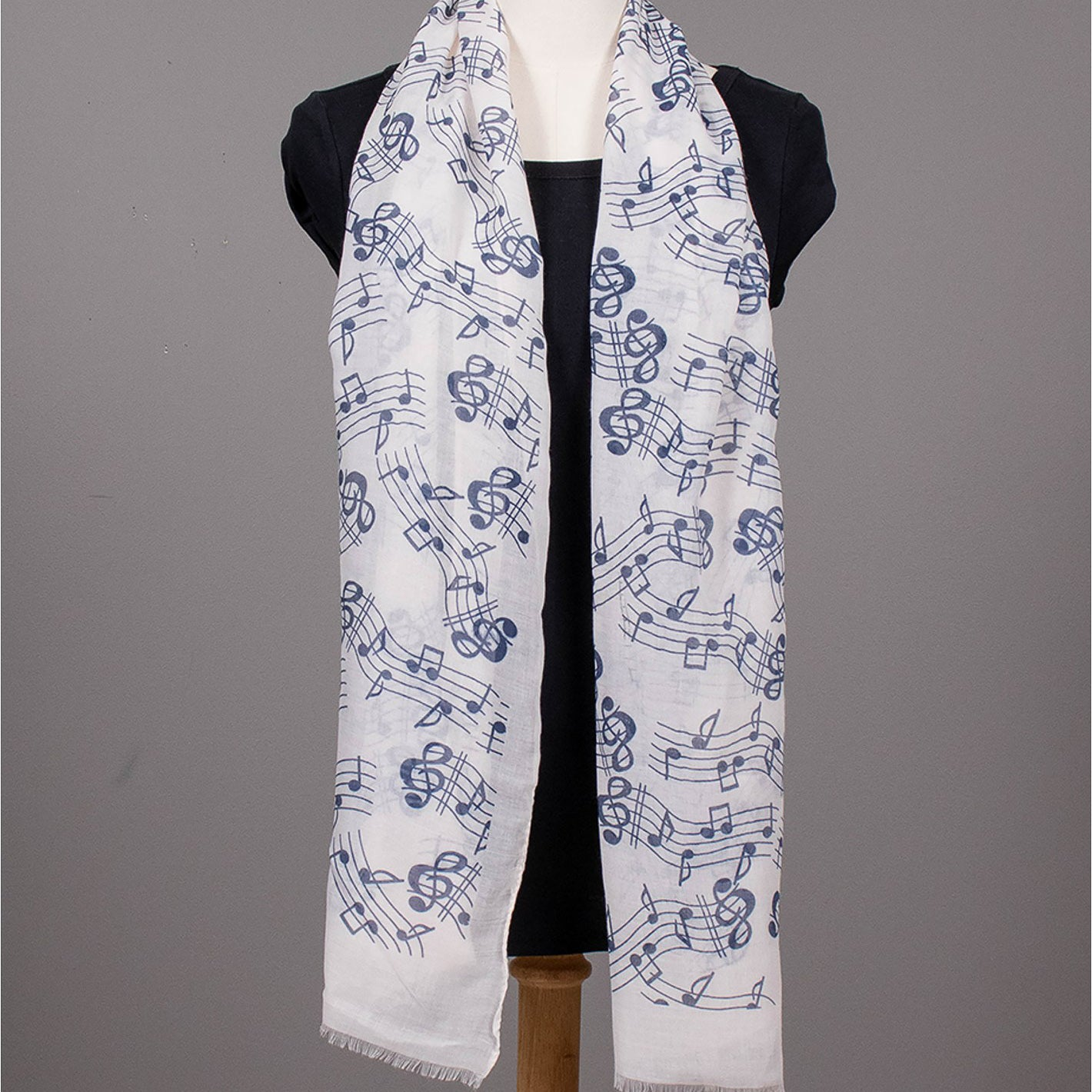 Music Scarf : Navy/Cream