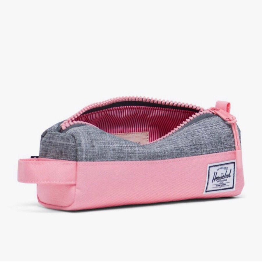 10071-03269-OS -Herschel Settlement Case - Raven Crosshatch/Flamingo Pink Pencil Case Herschel