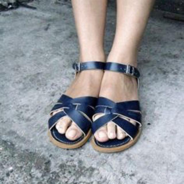 Adult Original Saltwater Sandals - Navy Sandals Salt Water Sandals