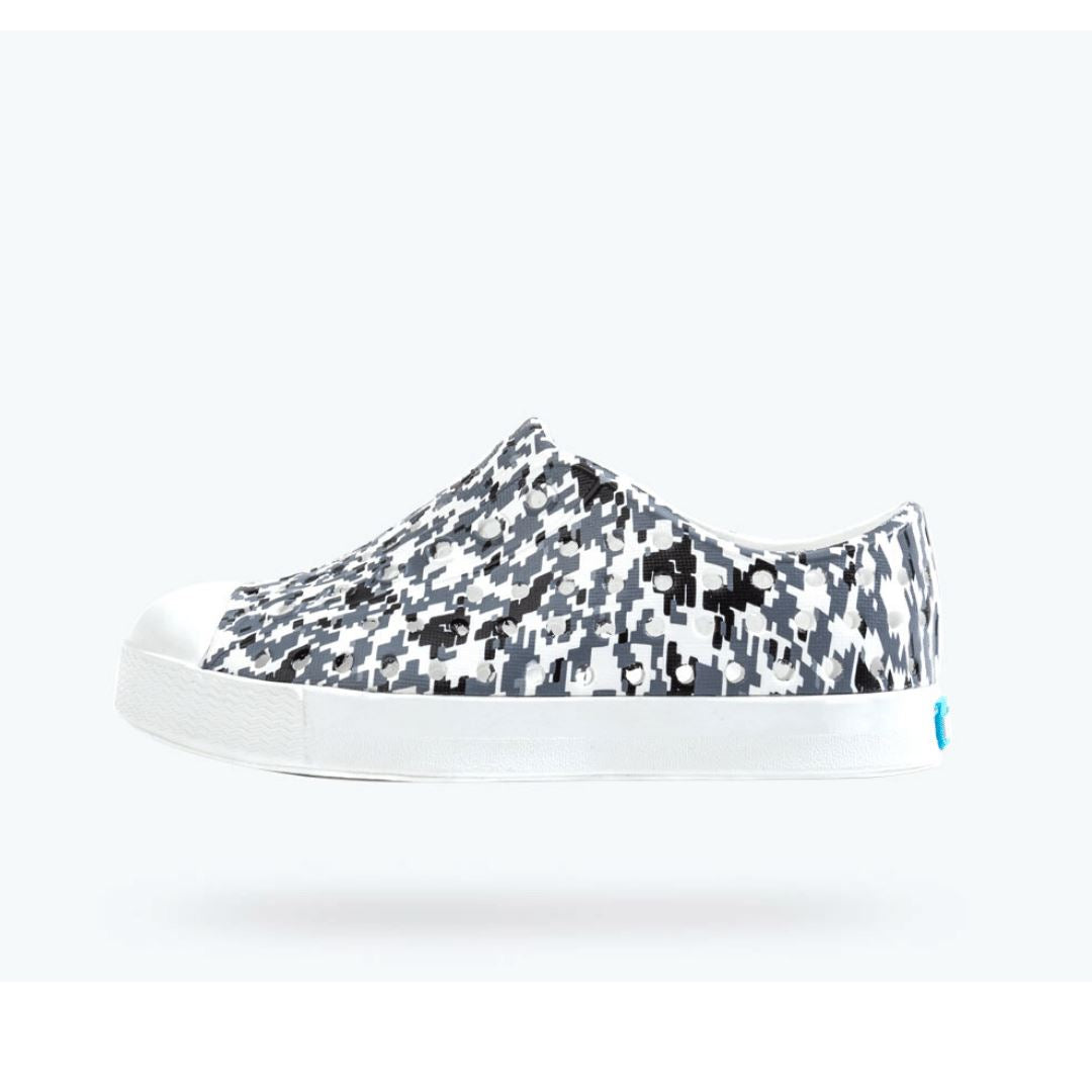 Native - Jefferson Shell White/ Shell White/ Grey Digi Print Kids Shoes footwear Native
