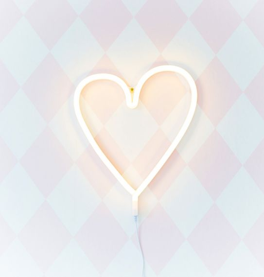 Neon Light: Yellow Heart