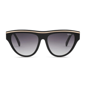Quay - Flight Risk Adult Sunglasses - Black/Smoke Sunglasses Quay