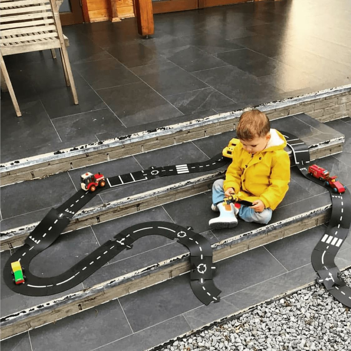 Way to Play - Highway Flexible Durable Toy Road - 24 Piece Set Toys Way to Play