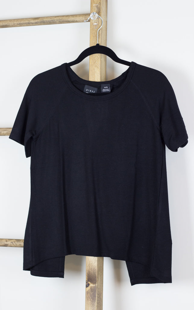 T-shirt with Split Back Black