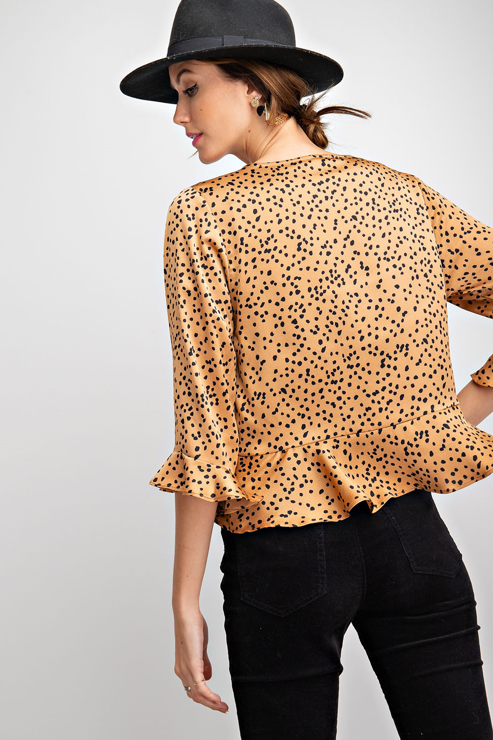 It's Dot O'Clock Ruffled Crop Kimono