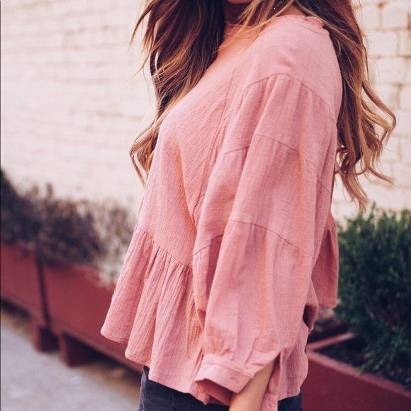Ava Ruffled 3/4 Length Long Sleeve Linen Top in Blush