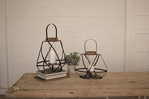 Set Of Two Metal Straps And Glass Lanterns
