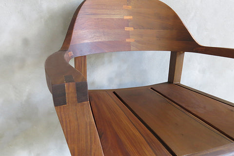 Xiloa Rosita Walnut Arm Chair