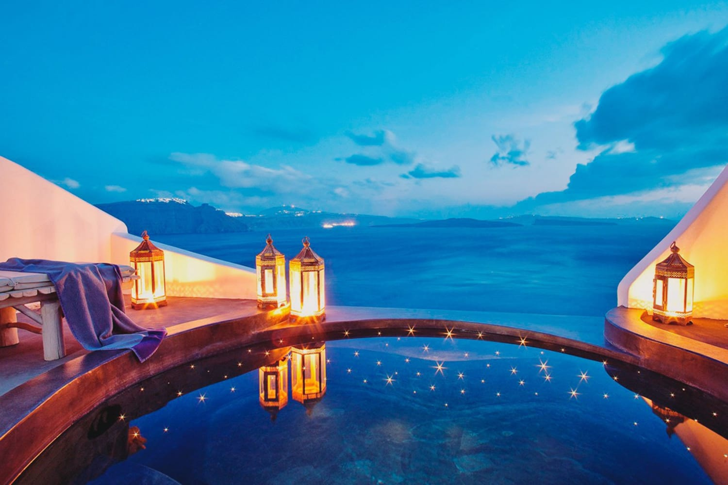 5 Top Luxury Resorts in the Greek Islands
