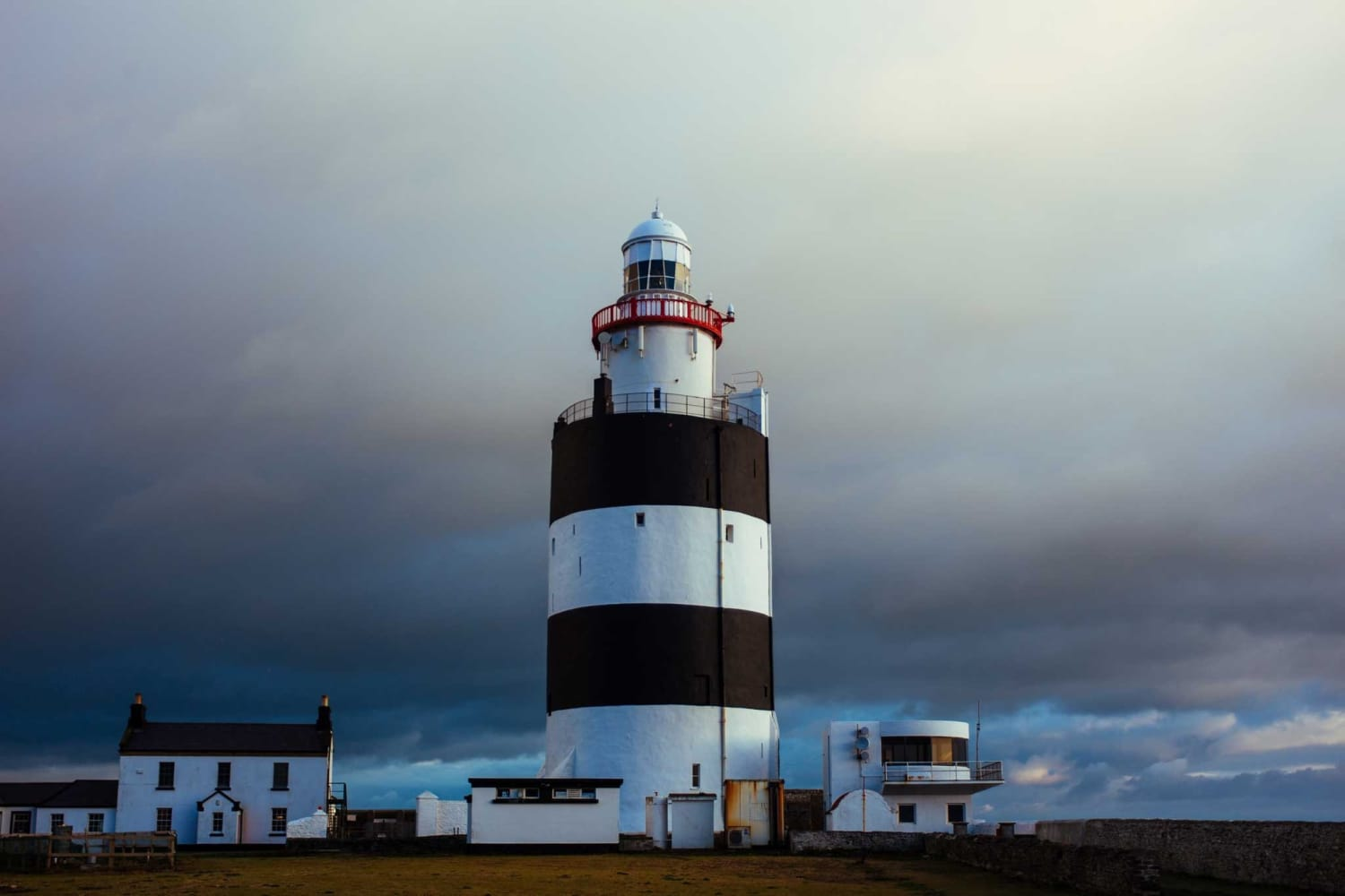 Nine of the Most Iconic Lighthouses in the World (pt 2)