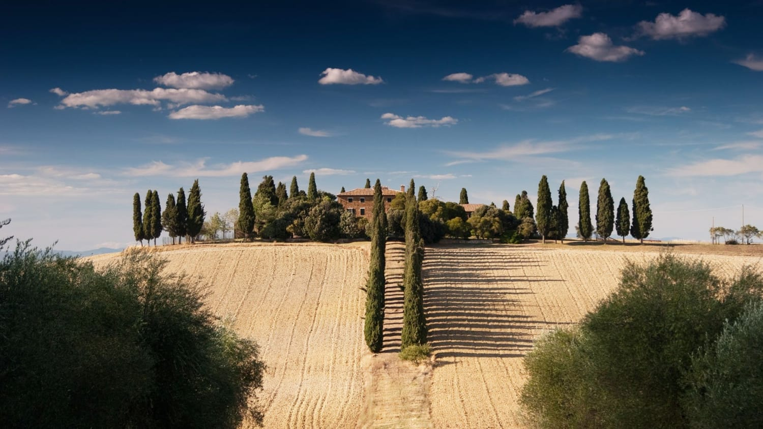 Top 5 Luxury Resorts in Tuscany