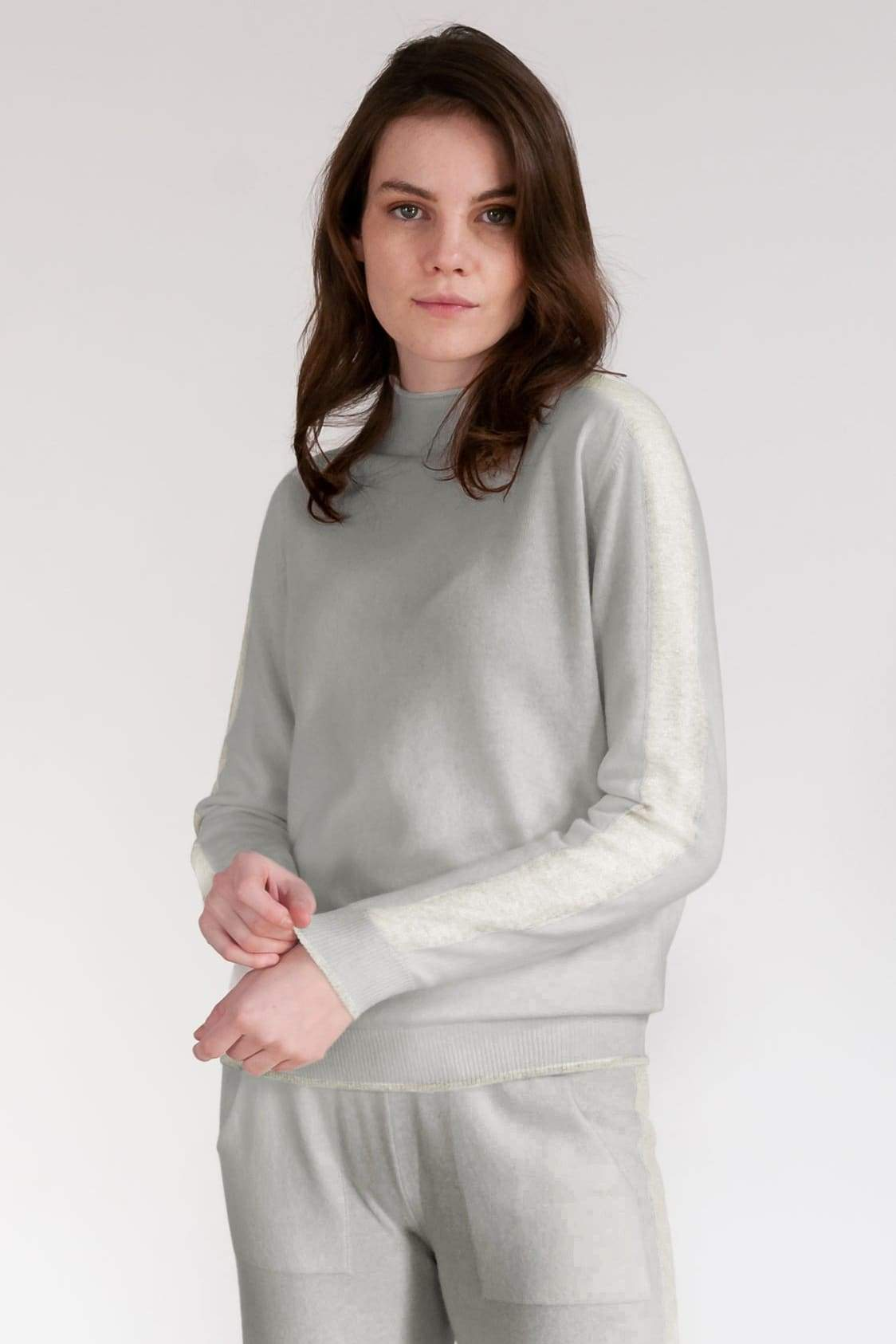 Ludag Wool Cropped Turtleneck - Granite
