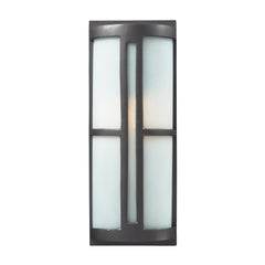 1- Light Outdoor Sconce In Graphite