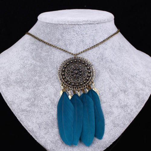 Boho Dream Catcher Feather Neckalce Goldtone w/ Blue Turquoise feathers