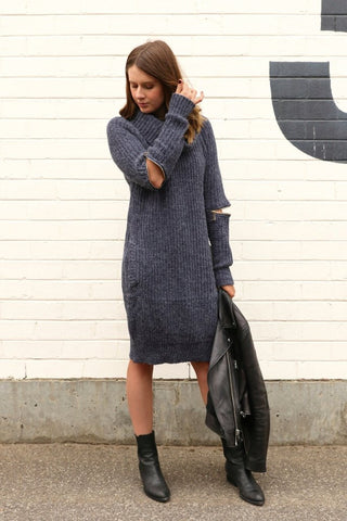 Zip Away Knit Dress (navy)