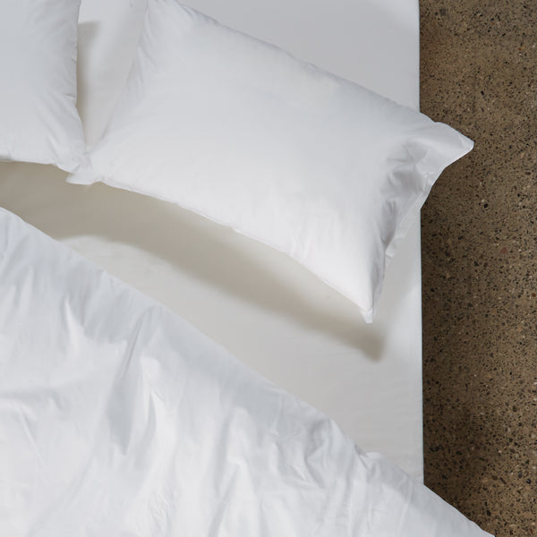 Image of fitted sheet on bed