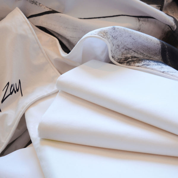 ZayZay-luxury-linen-set-includes-flat-sheet-fitted-sheet-two-pillowcases-and-duvet-cover-Through-Brambles-on-the-Moon