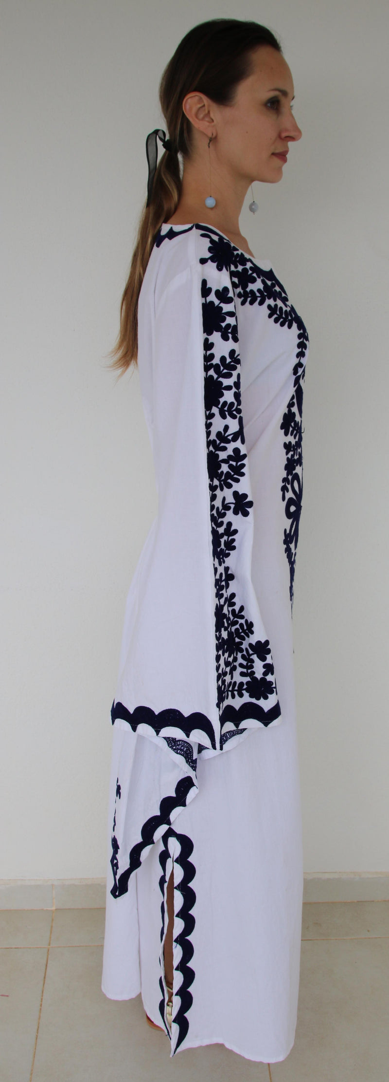 Fanm Mon Navy Silk Embroidery White Linen Maxi Dress Navy Shell SIZE SMALL