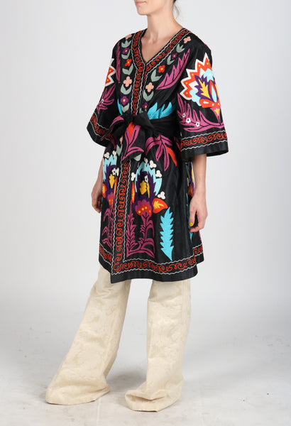 Fanm Mon LAVIE Vyshyvanka Linen Jacket Embroidered Black Purple Multi Floral Color Jacket