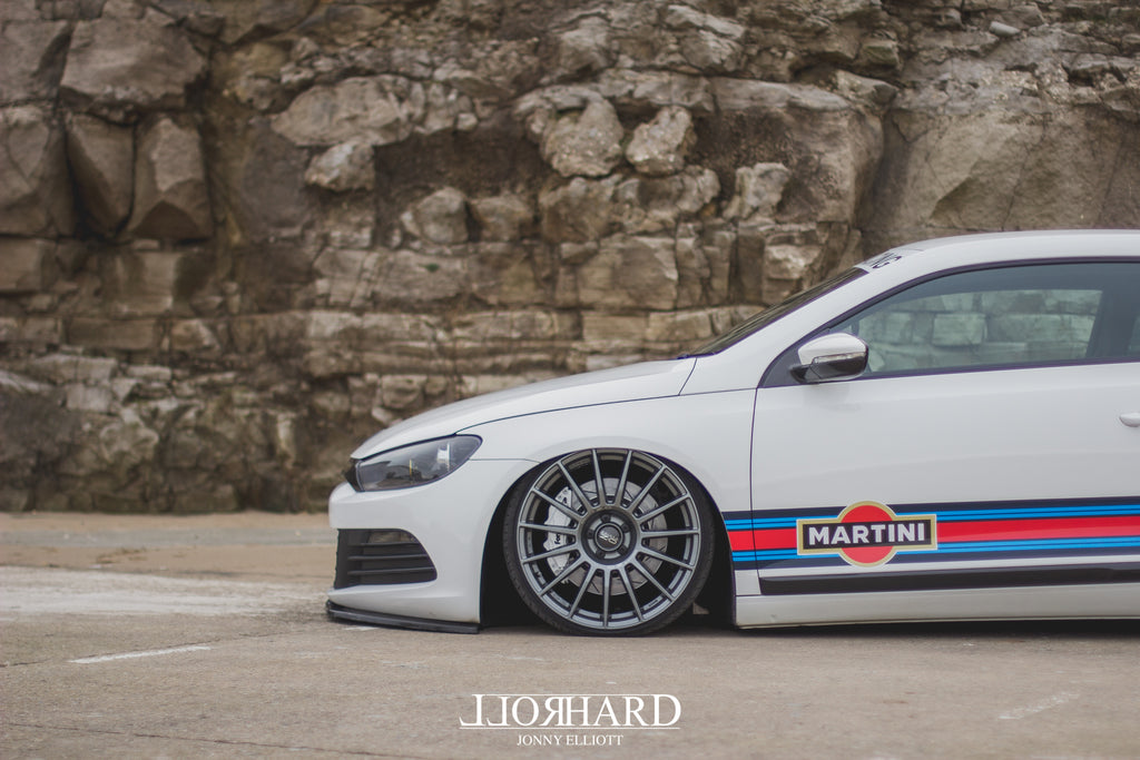 VW Scirocco Yamaha R6 Martini Airlift Accuair OZ Airride Air ride Carbon Fibre