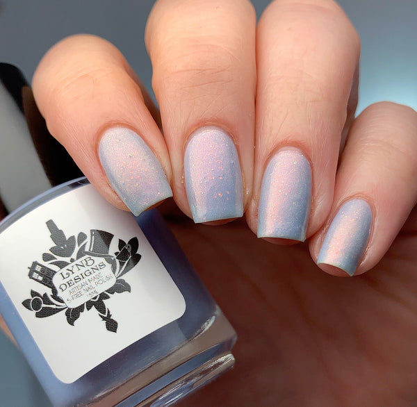 "Here Today, Gone to Maui from the ""Mani Masterpieces"" Nail Polish Collection 15ml 5-Free"