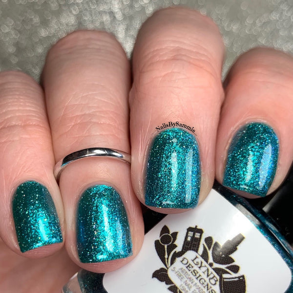 "The Nighthawks at the Museum from the ""Mani Masterpieces"" Nail Polish Collection 15ml 5-Free"