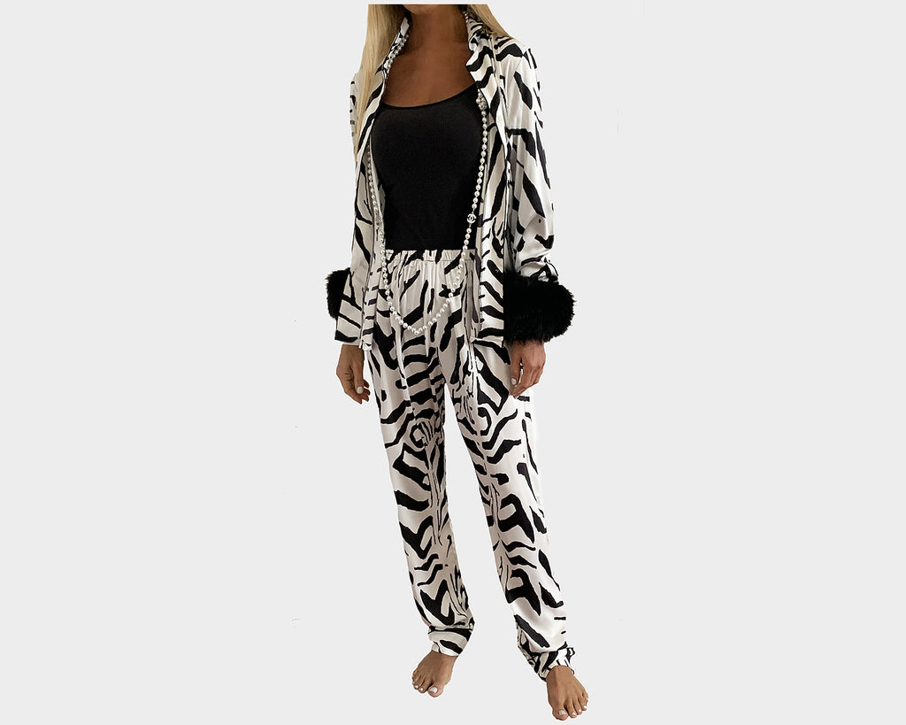 Tiger Stripe Organic silk Faux-Fur Sleeves loungewear - The Park Avenue
