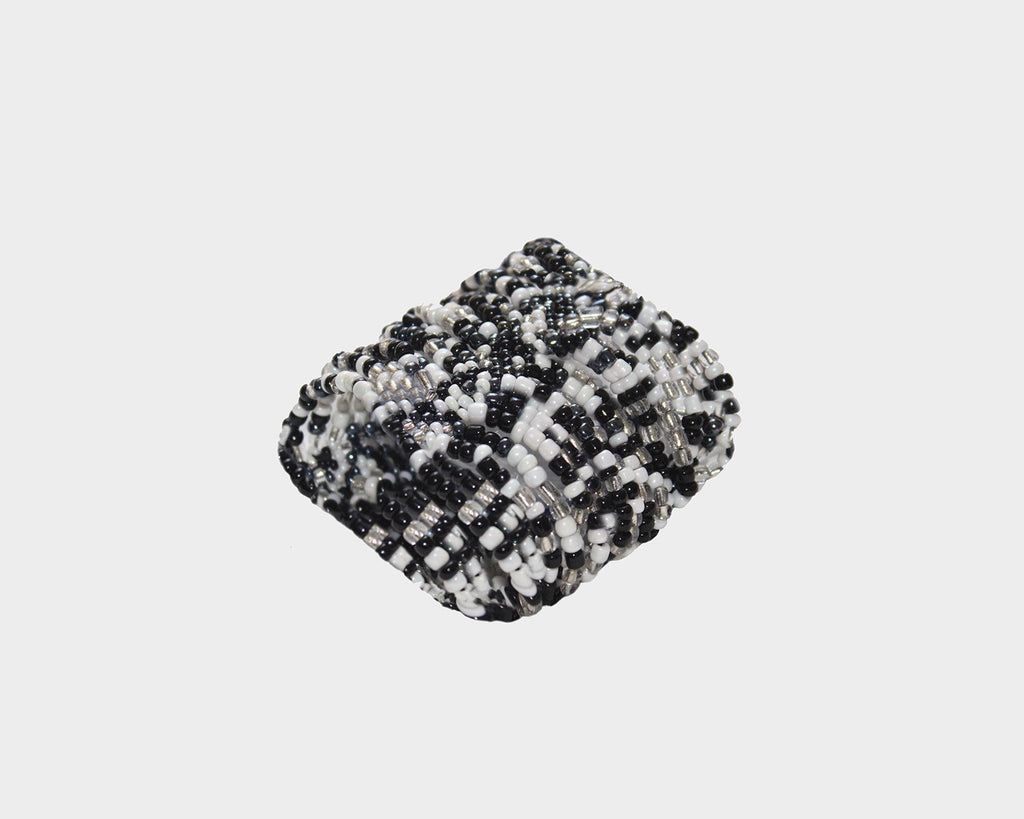 Black and white Cascade of beads bracelet - The Milan