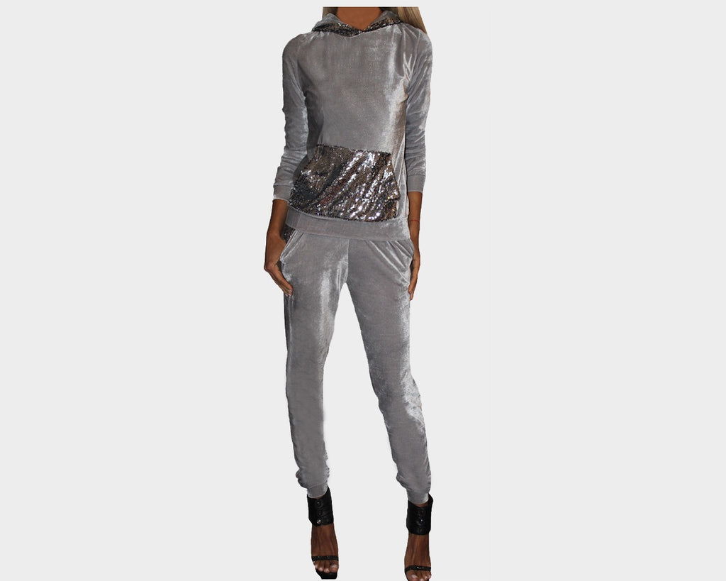 Moonlight Kiss Pale Gray Jog Suit - The St. Tropez