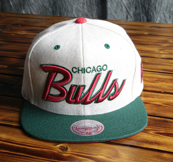 Chicago Bulls Mitchell & Ness Brushed Heather Wool Snapback Hat