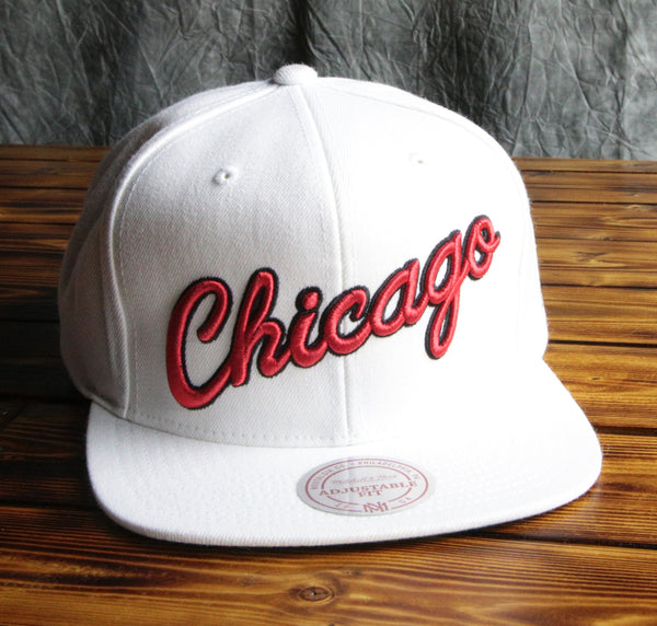 Chicago Bulls Mitchell & Ness Script Wool Snapback Hat