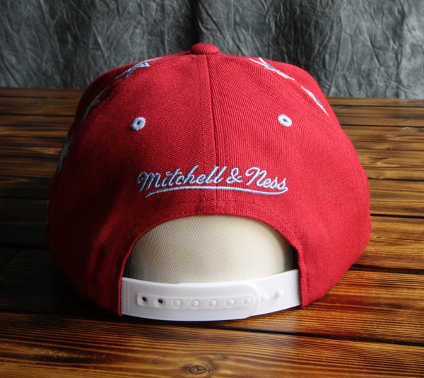 Chicago Bulls Mitchell & Ness Red Crown Sky Blue Snapback Hat