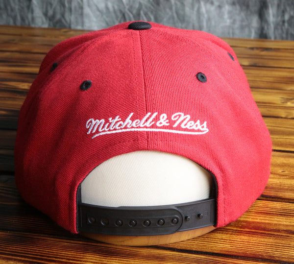 Chicago Bulls Mitchell & Ness Woodland Camo Snapback Hat