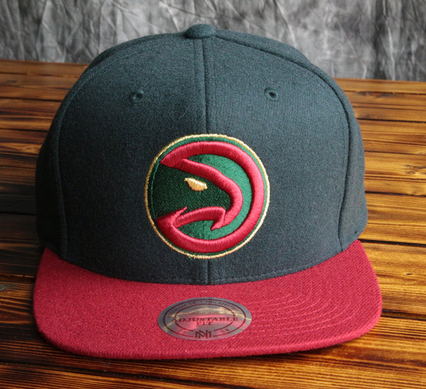 Atlanta Hawks Mitchell & Ness Heather Holiday Snapback Hat