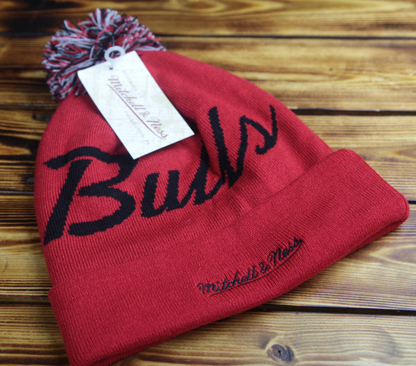 Chicago Bulls Mitchell & Ness Special Script Knit Hat