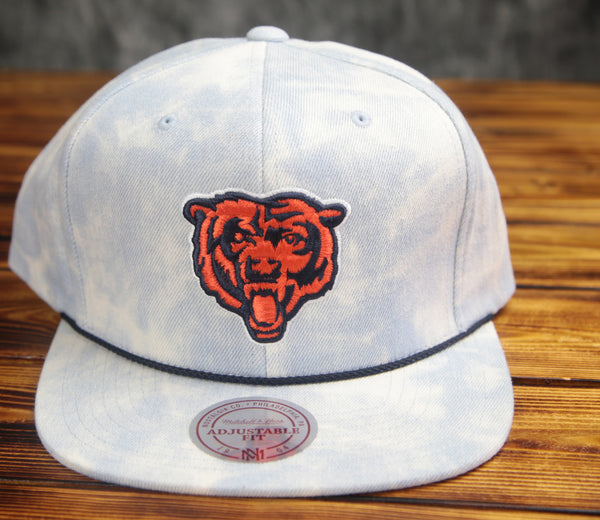Chicago Bears Mitchell & Ness Lite Acid Wash Denim Snapback