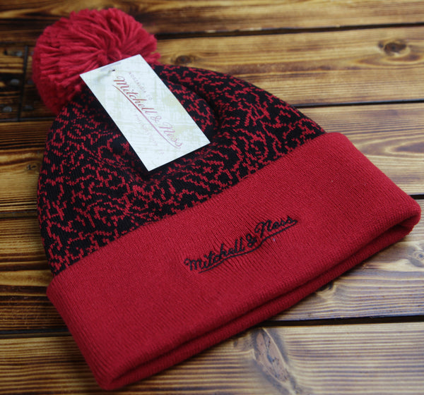 Chicago Bulls Mitchell & Ness Crack Pattern Knit Hat