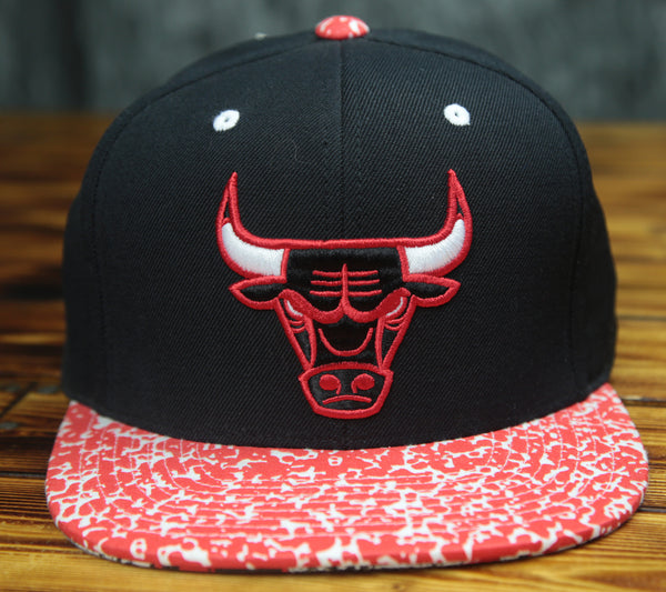 Chicago Bulls Mitchell & Ness 2-Tone Snapback Hat