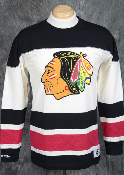 Chicago Blackhawks Mitchell & Ness Changing on the Fly Long Sleeve Shirt
