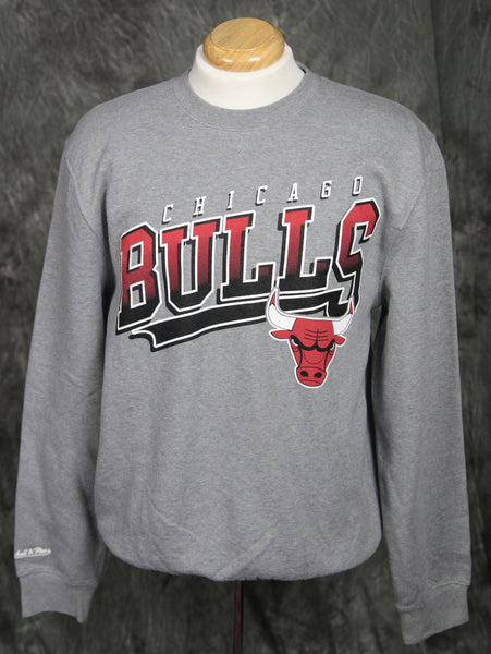 Chicago Bulls Mitchell & Ness Diagonal Sweep Sweatshirt