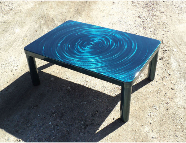 circle pattern on steel coffee table