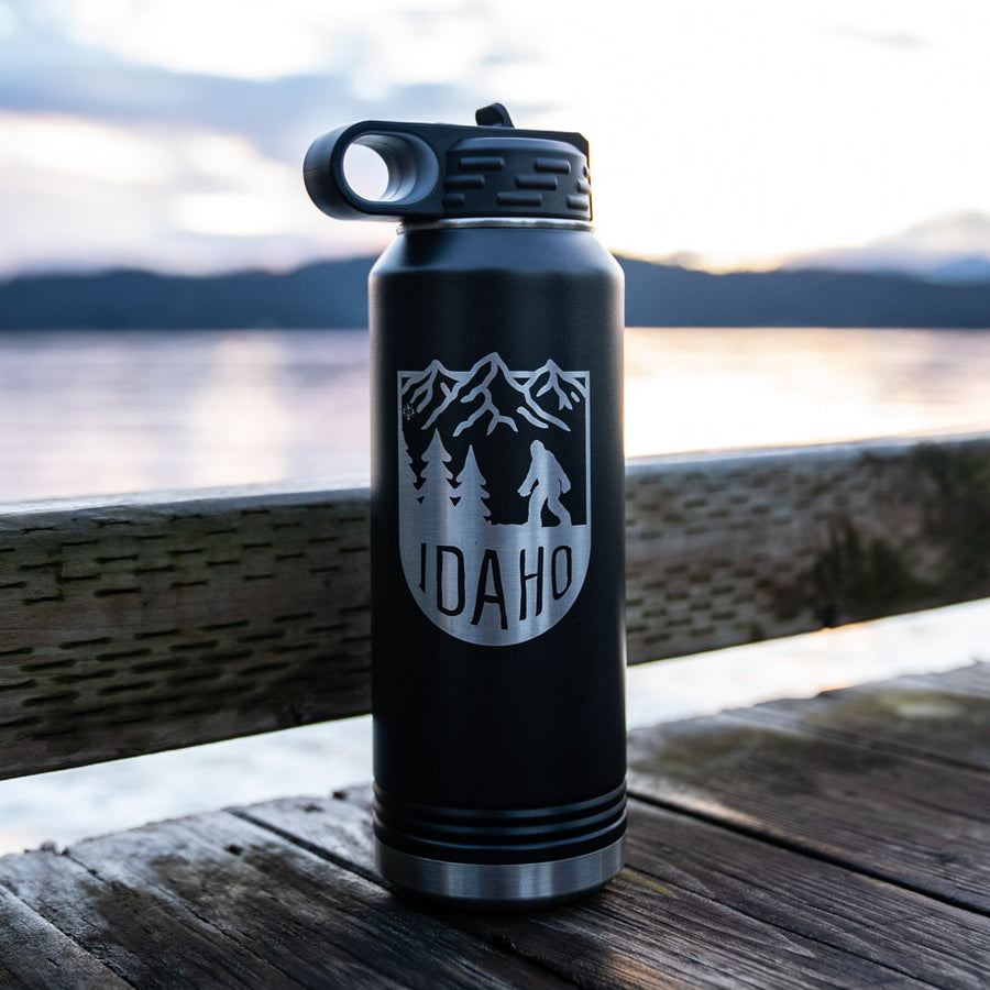 Bigfoot Mountain Matte Black Insulated 32oz Flask
