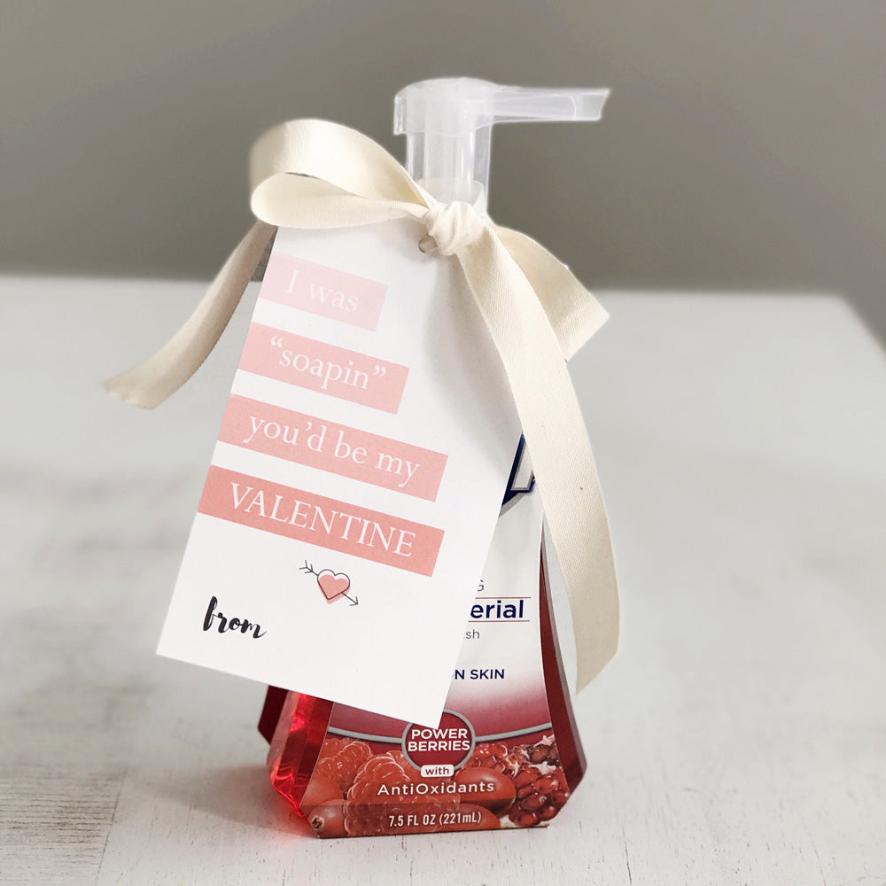 Simple and thoughtful Valentine's Day gift idea for teachers.  Download this free printable from Homegrown Traditions. Holiday freebies are the best.