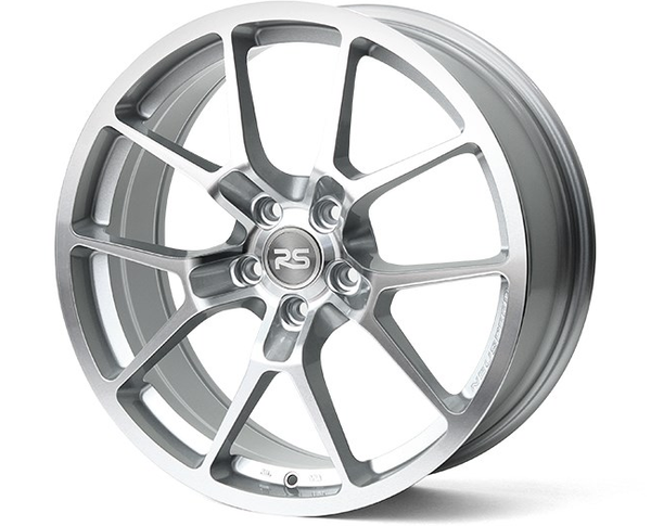 NM Eng. RSe10 18x8.0 Light Weight Wheel