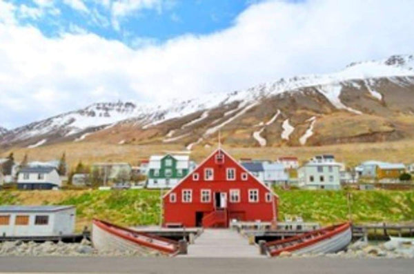 7 remote, charming, and quirky Icelandic villages worth the detour | Rickshaw Journey