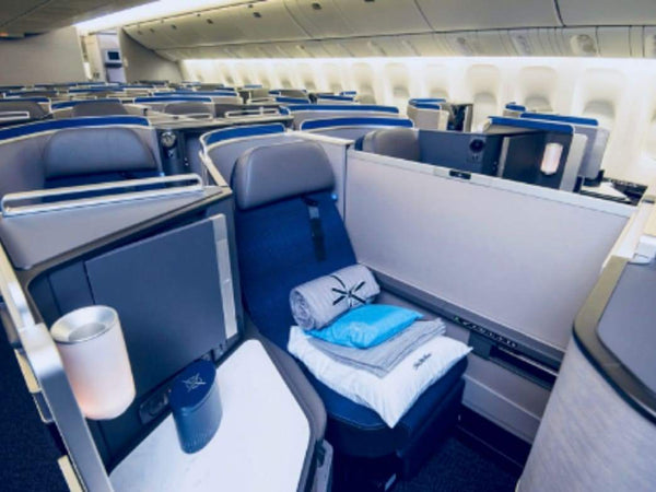 UNITED AIRLINES COMPLETES 777-200 POLARIS RETROFITS | Rickshaw Journey
