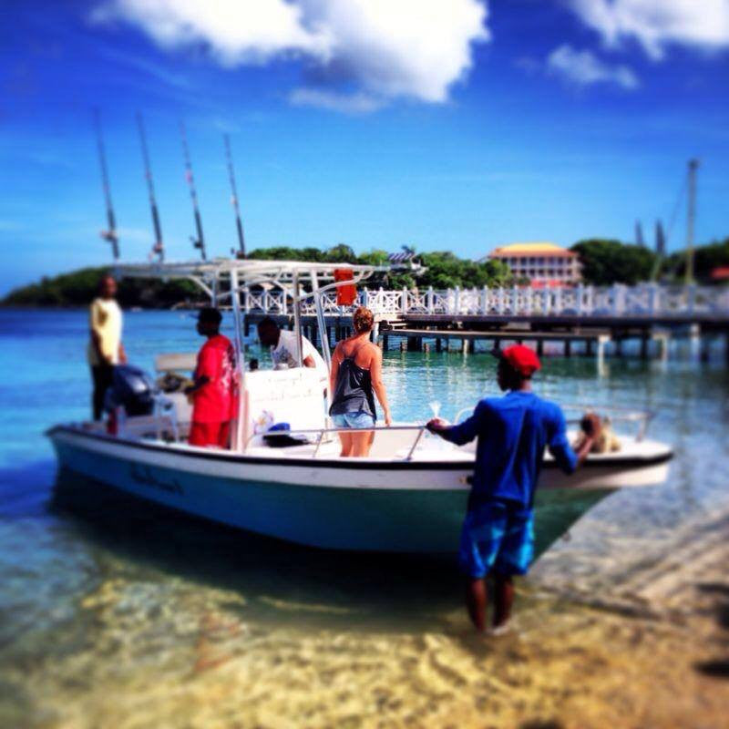 Boat charters in roatan west bay tours for Party boat fishing near me